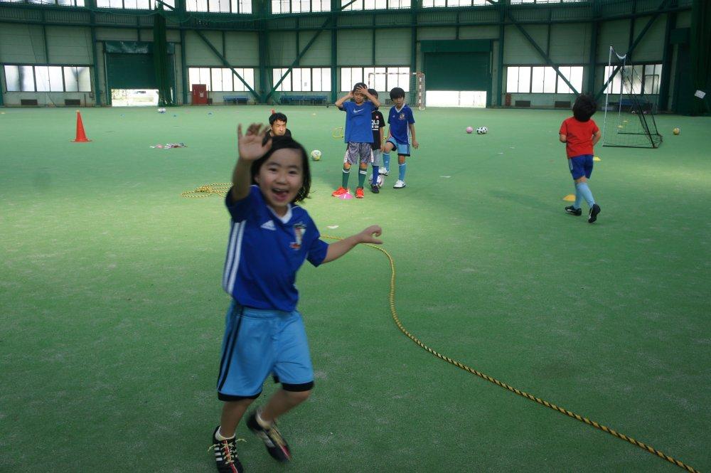沖縄県名護市 21世紀屋内ドームキッズサッカースクール