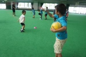 沖縄県名護市でキッズサッカー行っています。